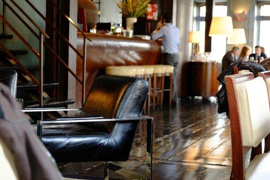 Cafeina: Entrance
