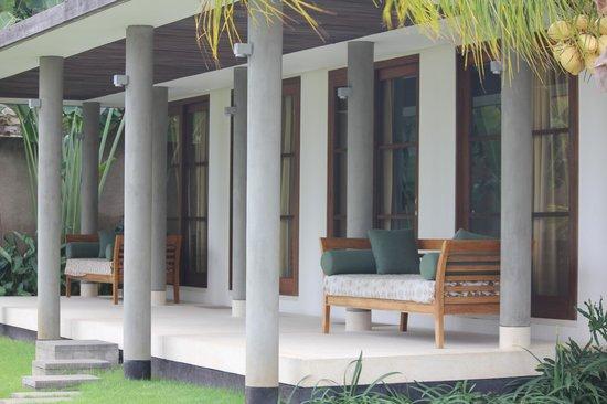 Villa Bukit Segara: Outside view of room