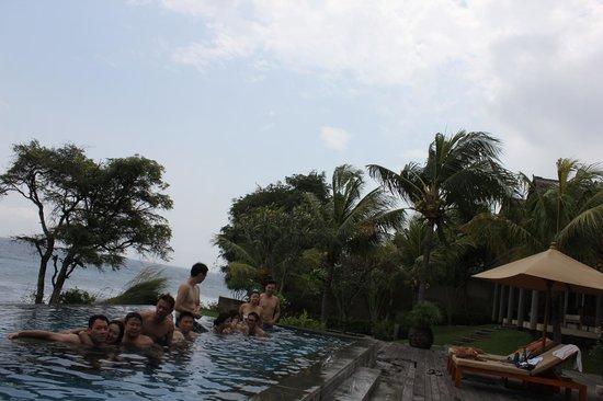 Villa Bukit Segara: Lazing