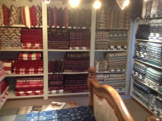 Melin Tregwynt Woolen Mill: Vibrant range of products. Excellent range of patterns.