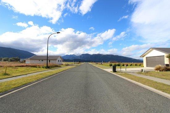 Te Anau Holiday Houses: outside