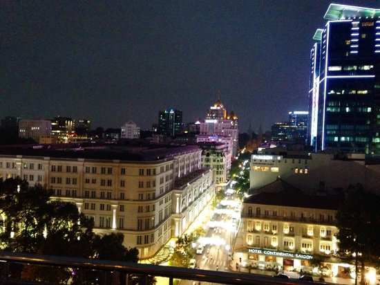 Caravelle Saigon: Vista dal bar