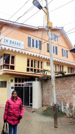 Hotel JH Bazaz (Happy Cottage): Hotel