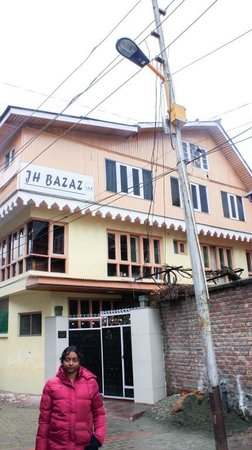 Hotel JH Bazaz (Happy Cottage): Hotel Building 1