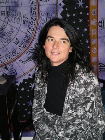 Shamanic Astrology and Tarot - Lyndall McQuinn