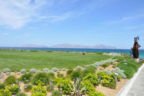 Neptune Hotels - Resort, Convention Centre & Spa: Vista mare