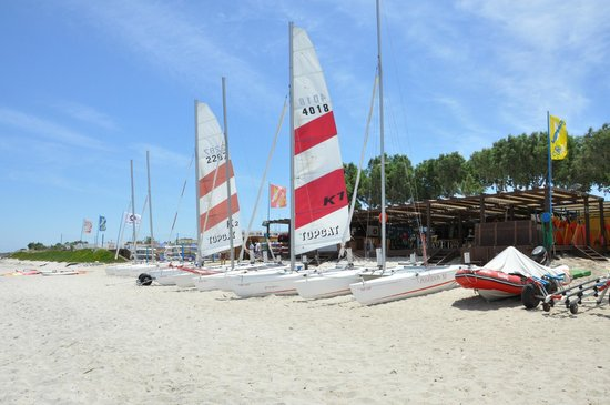 Neptune Hotels - Resort, Convention Centre & Spa: Centro nautico