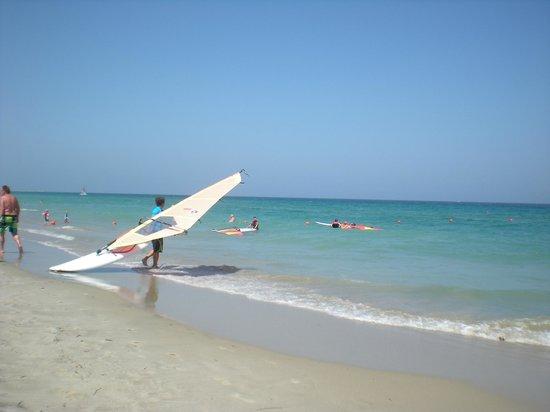 Neptune Hotels - Resort, Convention Centre & Spa: Spiaggia