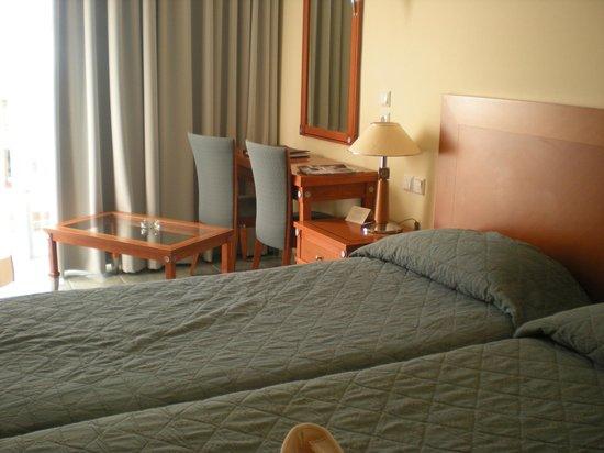 Neptune Hotels - Resort, Convention Centre & Spa: La nostra camera