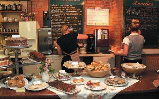 Highlands Cafe & Restaurant