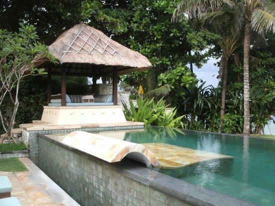 Novotel Bali Benoa: ビーチフロントヴィラ プール