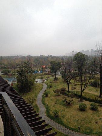 Sofitel Shanghai Sheshan Oriental: 部屋より