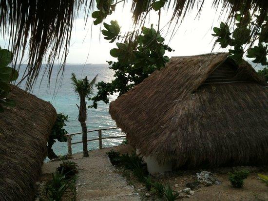 Tepanee Beach Resort : Views to Maya
