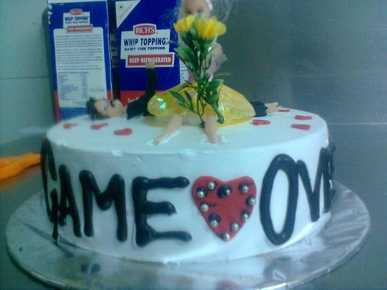 Seasons Hotel  - Rajkot: bachelor party cake