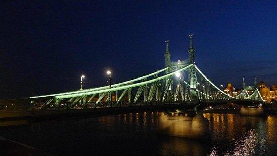 Free Budapest Walking Tours: 2