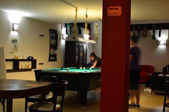 Milhouse Hostel Avenue: Area social