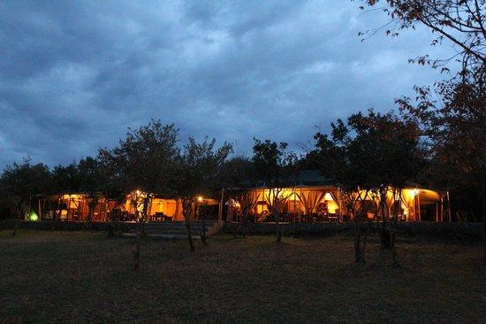 Entim Camp: Reception and Restaurant at Sunset