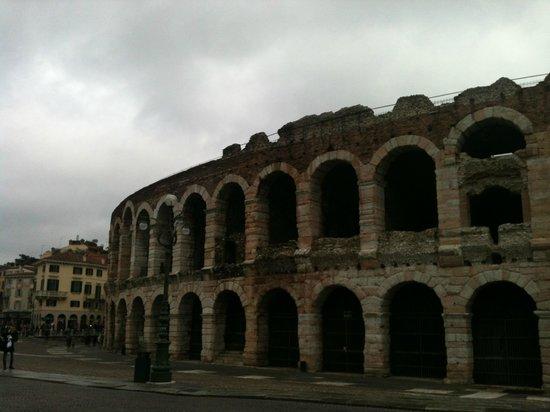Arena di Verona: Arena - vista esterna