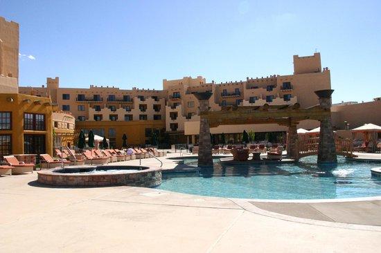 Hilton Santa Fe Buffalo Thunder : Pool