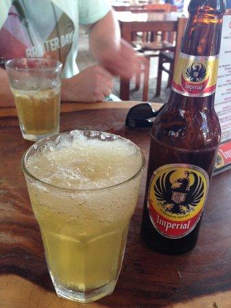 FT's Tamarindo Restaurant: Iceberg - Beer & Margarita Mix