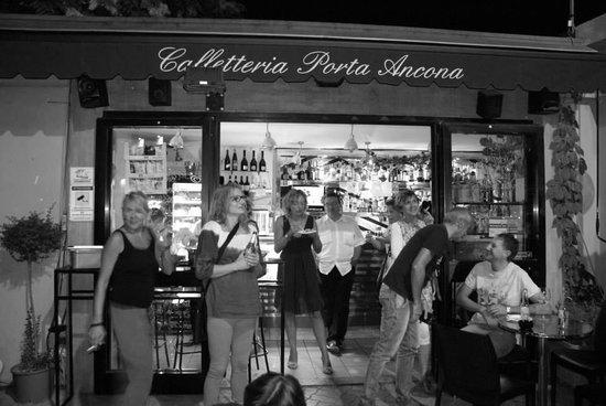 bar porta Ancona