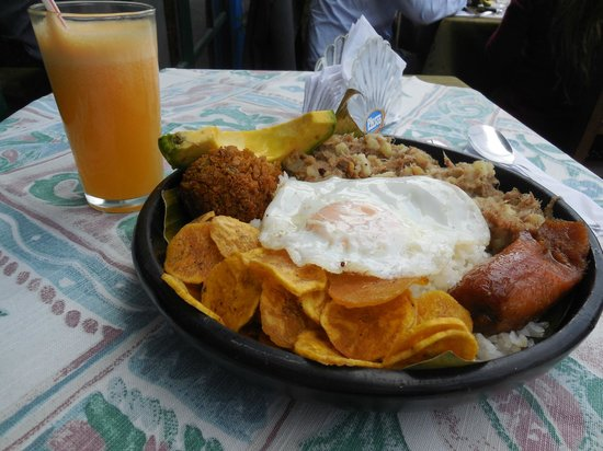 Fulanitos : Seco Caleño and Fresh Squeezed Juice
