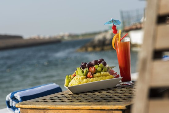 Golden Tulip Al Jazira: Beach Side