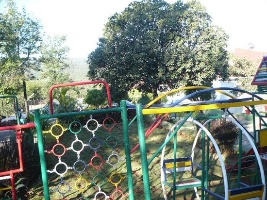United-21 Resort Mahabaleshwar: play area near the retaurant