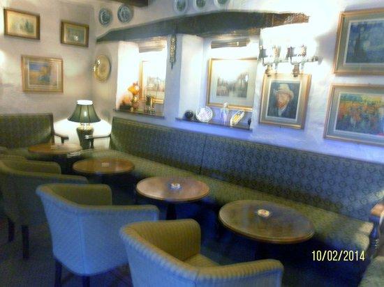 Crooklands Hotel: Cosy Corner!