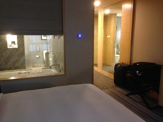 Carlton Hotel Singapore : Room 1052