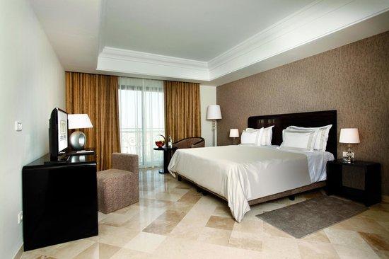 Hotel Paris Concorde : Chambre