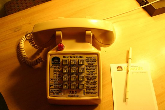 BEST WESTERN Date Tree Hotel: Phone