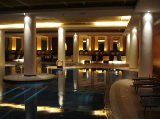 Pestana Casino Park Hotel : Indoor Pool and Spa Area (Sauna / Steam Room)