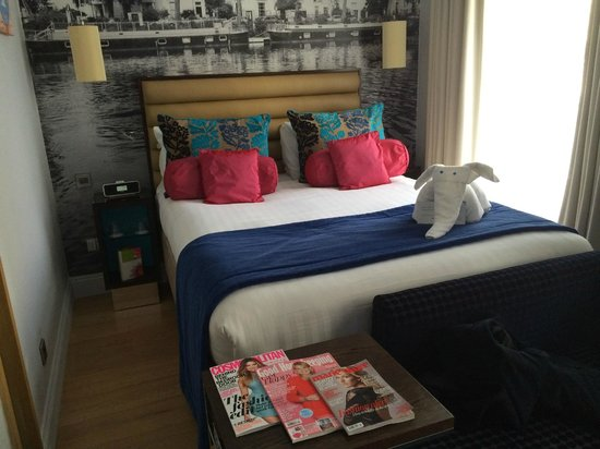 Hotel Indigo London-Paddington: Our nice room - Great decoration