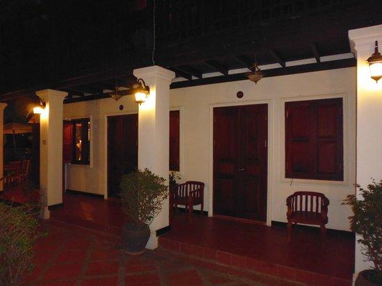 Khongkham Villa: outside