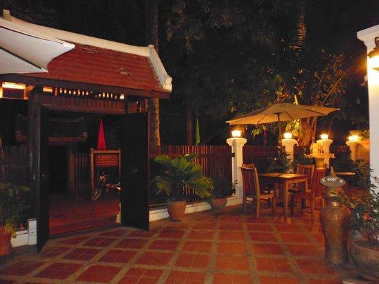 Khongkham Villa: entrance