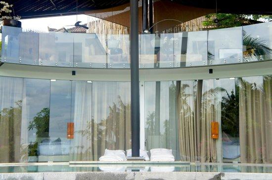Toraja Villa: Bedrooms with bubble bath