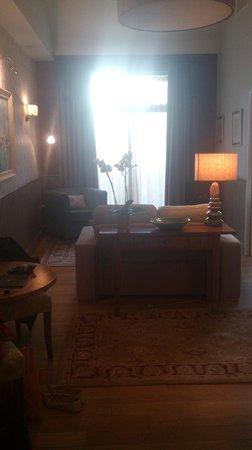 Feversham Arms Hotel & Verbena Spa: Great room - floor was heated as bonous