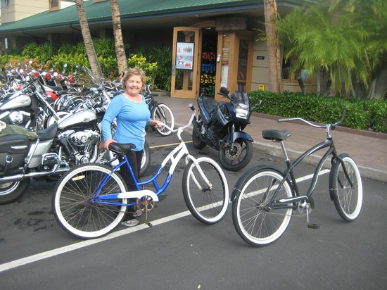 Big Island Motorcycle Company: my wife Anita and our two dream machines
