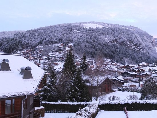 Simply Morzine - Chalet des Montagnes : View across Morzine from Balcony in Lounge