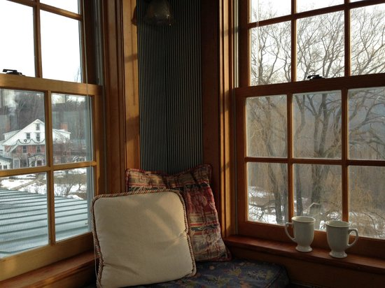 Windham Hill Inn : Looking out from the Cupola