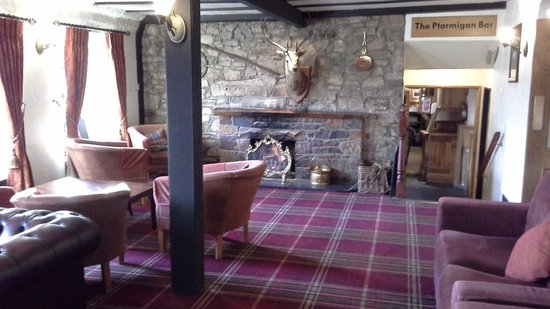 Winnock Hotel : lovely log fires