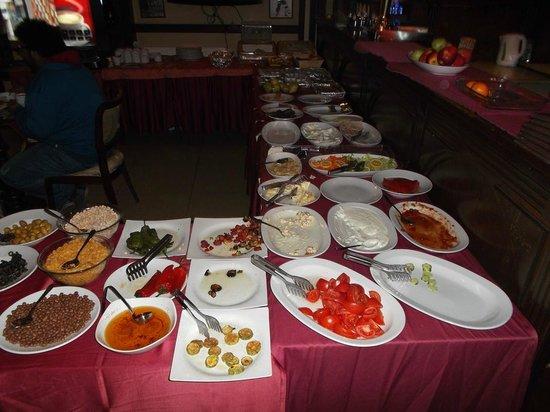 Hotel Agan: Plats variés pour le breakfast