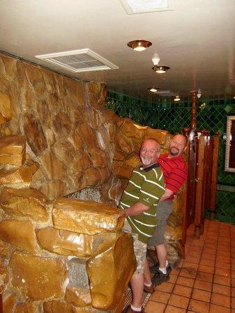 Madonna Inn : Waterfall!!