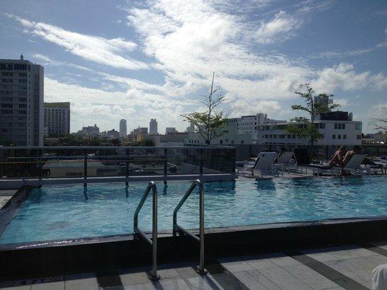 Gale South Beach : Piscine sur le toit