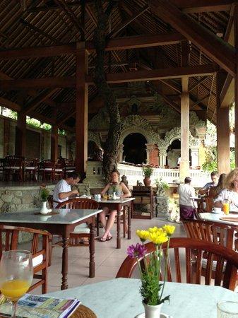 Hotel Tjampuhan & Spa: レストラン