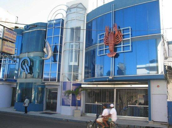 Akuarius Hotel, Bar & Restaurant: Front vew