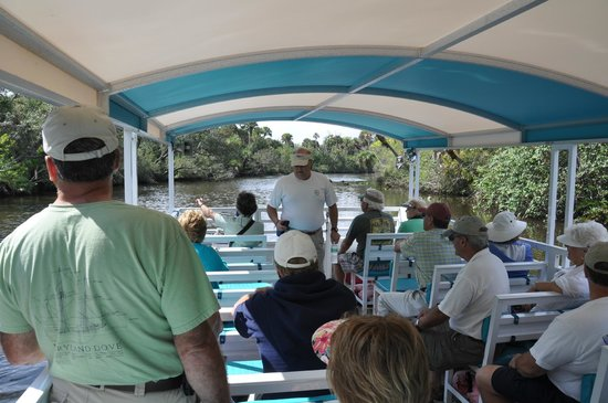 River Lilly Cruises: Aboard the River Lilly