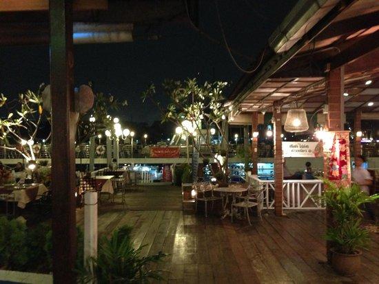 Yok Yor Marina & Restaurant: Yok Yor Marina
