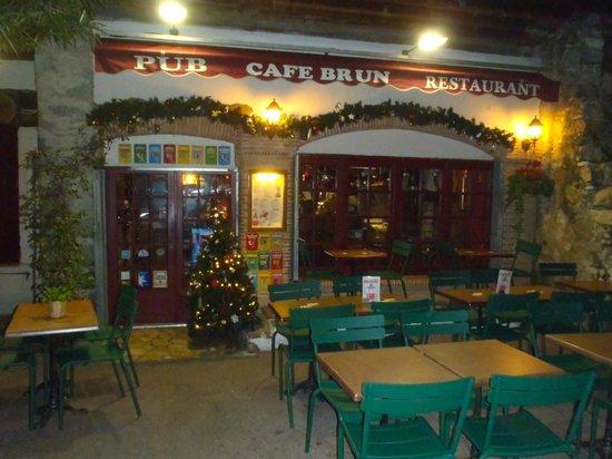 Decembre au Cafe Brun